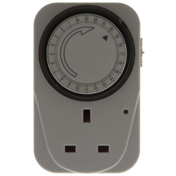24 Hour Plug In Timer Switch - White